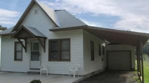 1004 Sunnyslope Street, Emporia, KS — 2 Bedroom, 1 Bath House for Rent