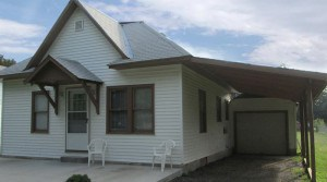 1004 Sunnyslope Street, Emporia, KS — 2 Bedroom, 1 Bath House for Rent