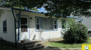 912 Lawrence Street, Emporia, KS – 2 bedroom 1 bathroom